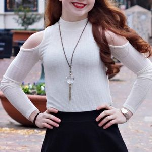 Cut-Out Shoulders Fitted Top